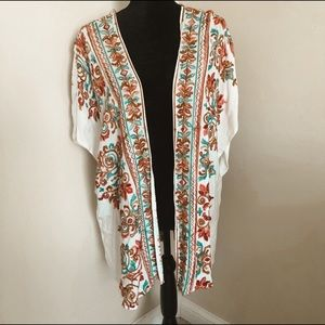 Women's altered state embroidered komono size M/L